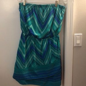 EXPRESS silky strapless dress - size M